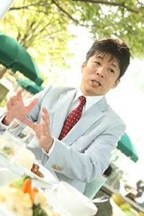 株式会社パスメディア 代表取締役 主藤 孝司様